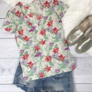 Urban Outfitters Floral V Neck Tee Shirt. Small